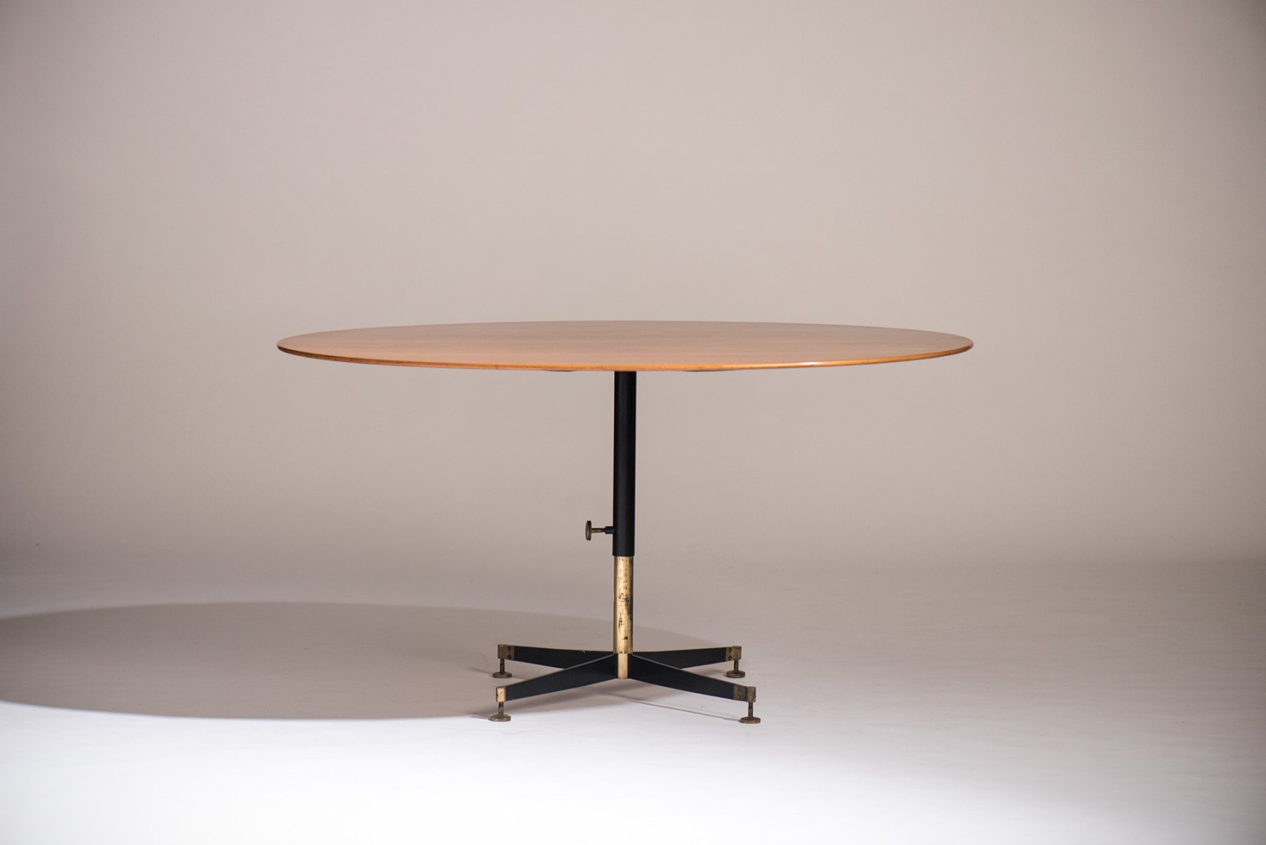 Ignazio Gardella |   T 5 adjustable coffee/dining table