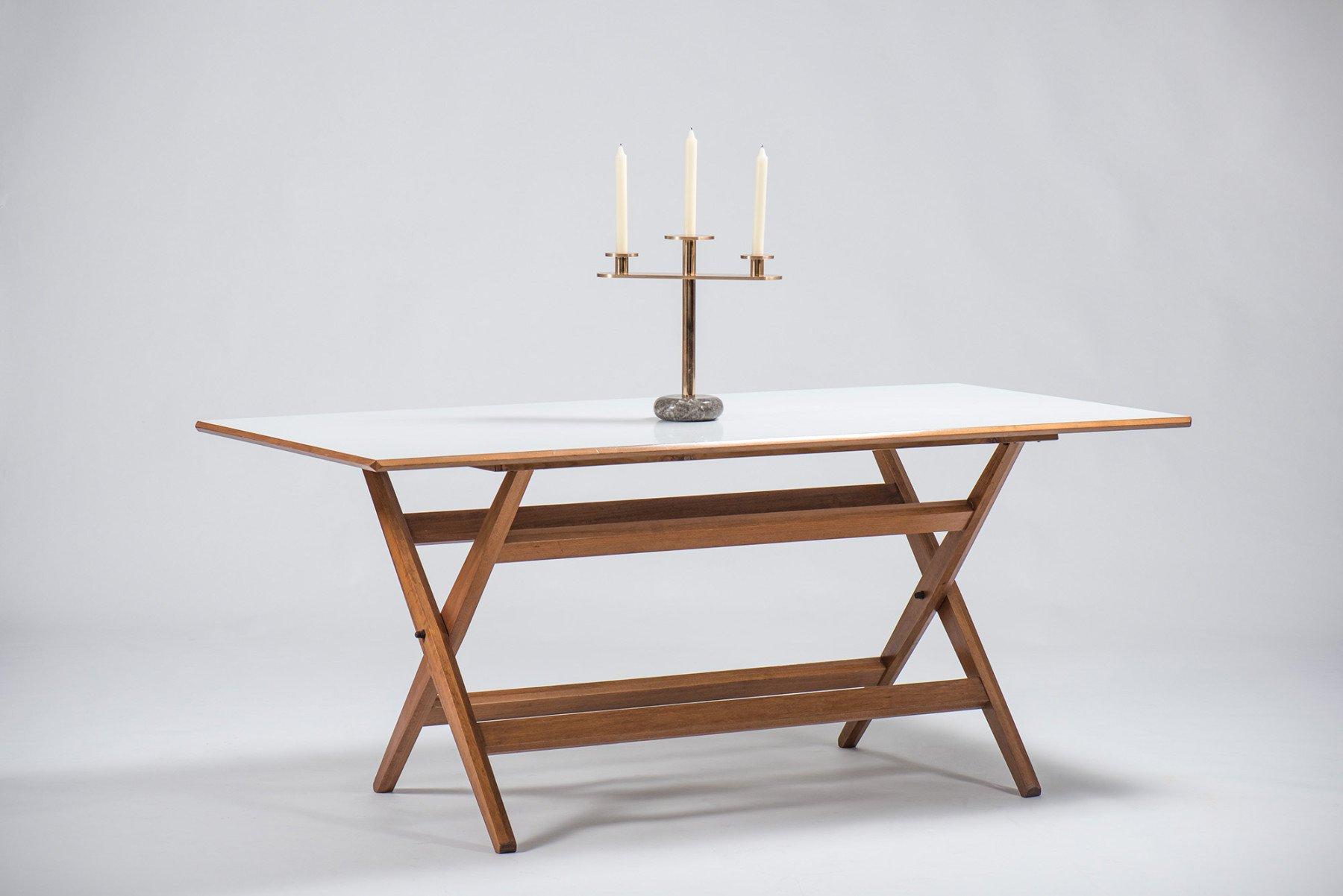 Jonathan Nesci     Milano - candelabra