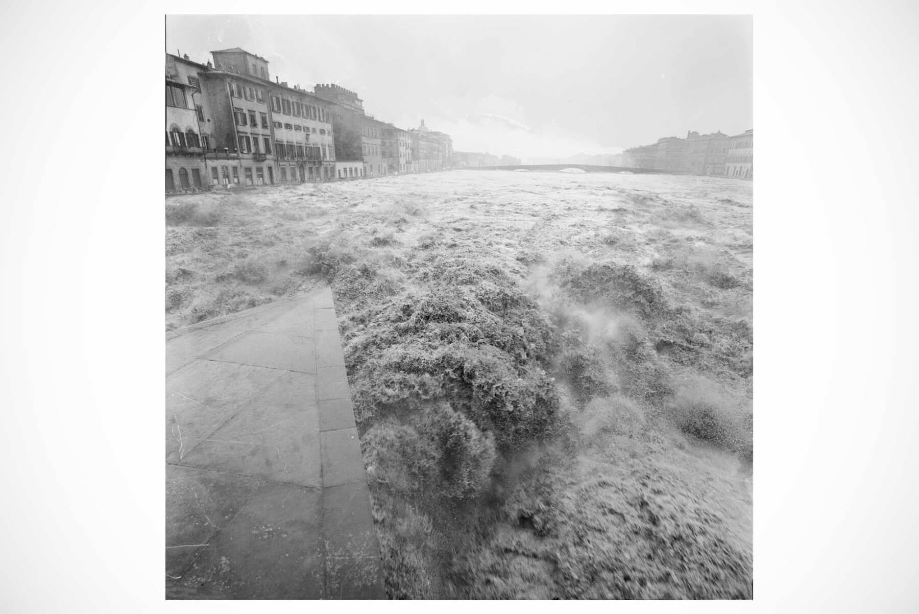 Balthazar Korab     L'Arno Straripa - vintage print from the Florence Flood collection
