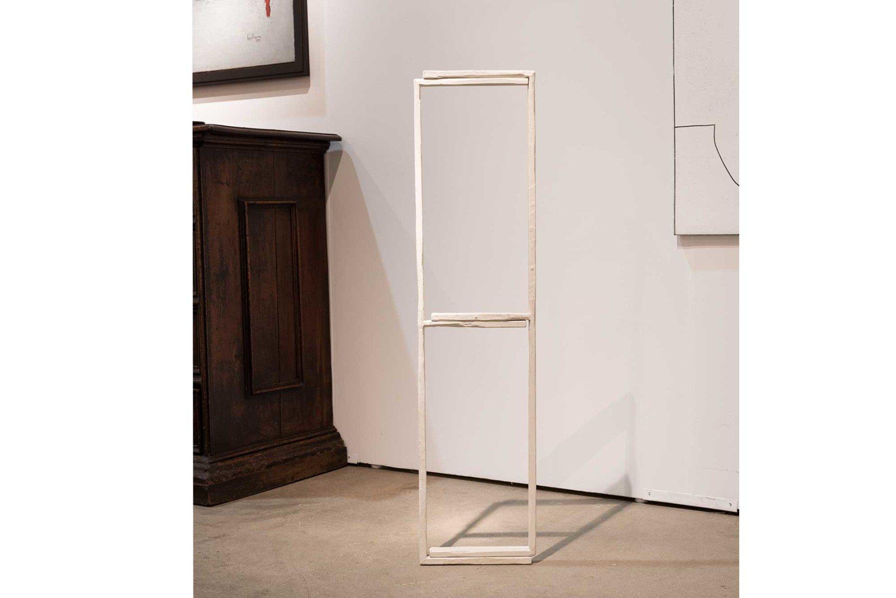Clay Mahn                                Prop (E) - sculpture