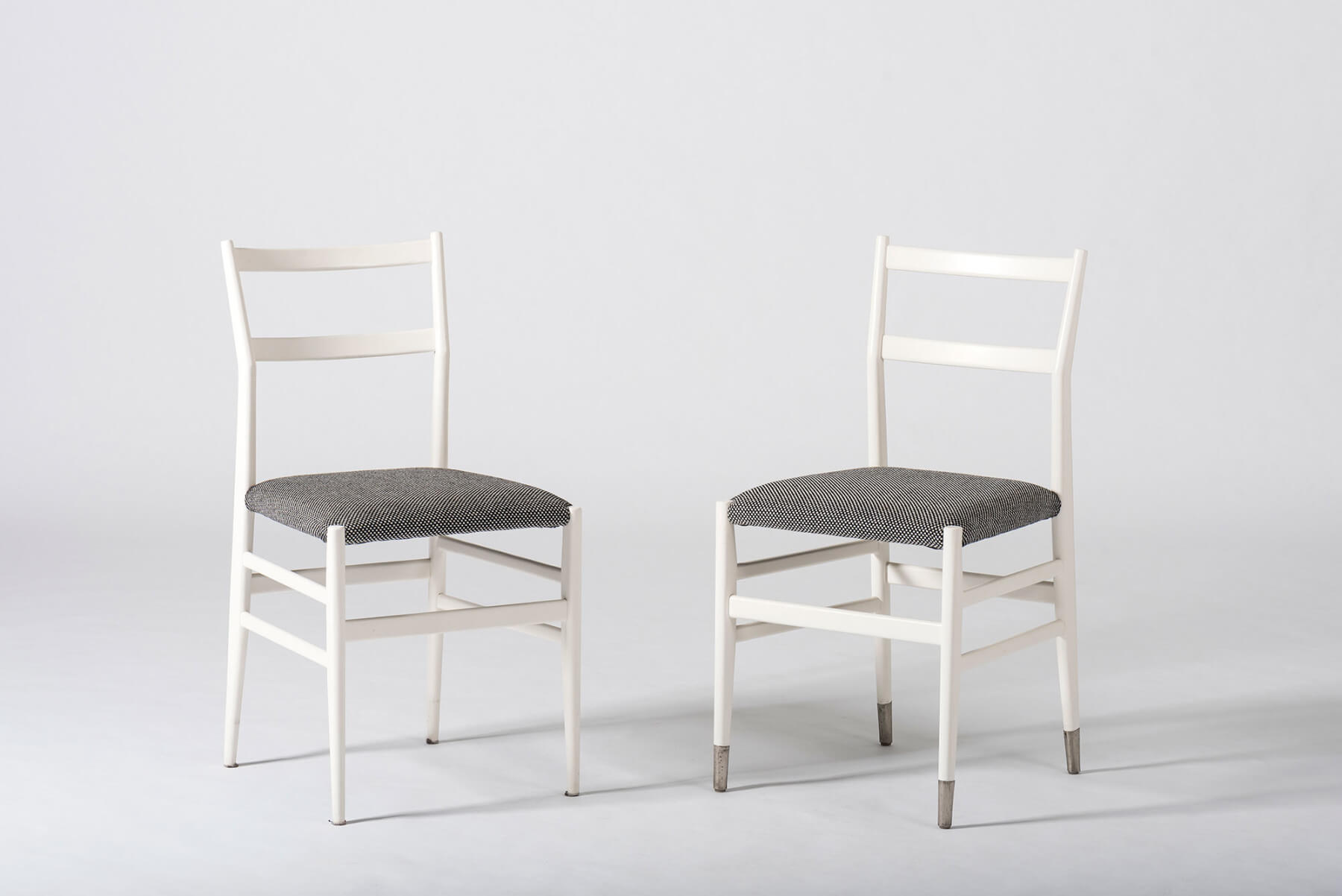 Gio Ponti |   Set of 10 dining chairs model 646/2