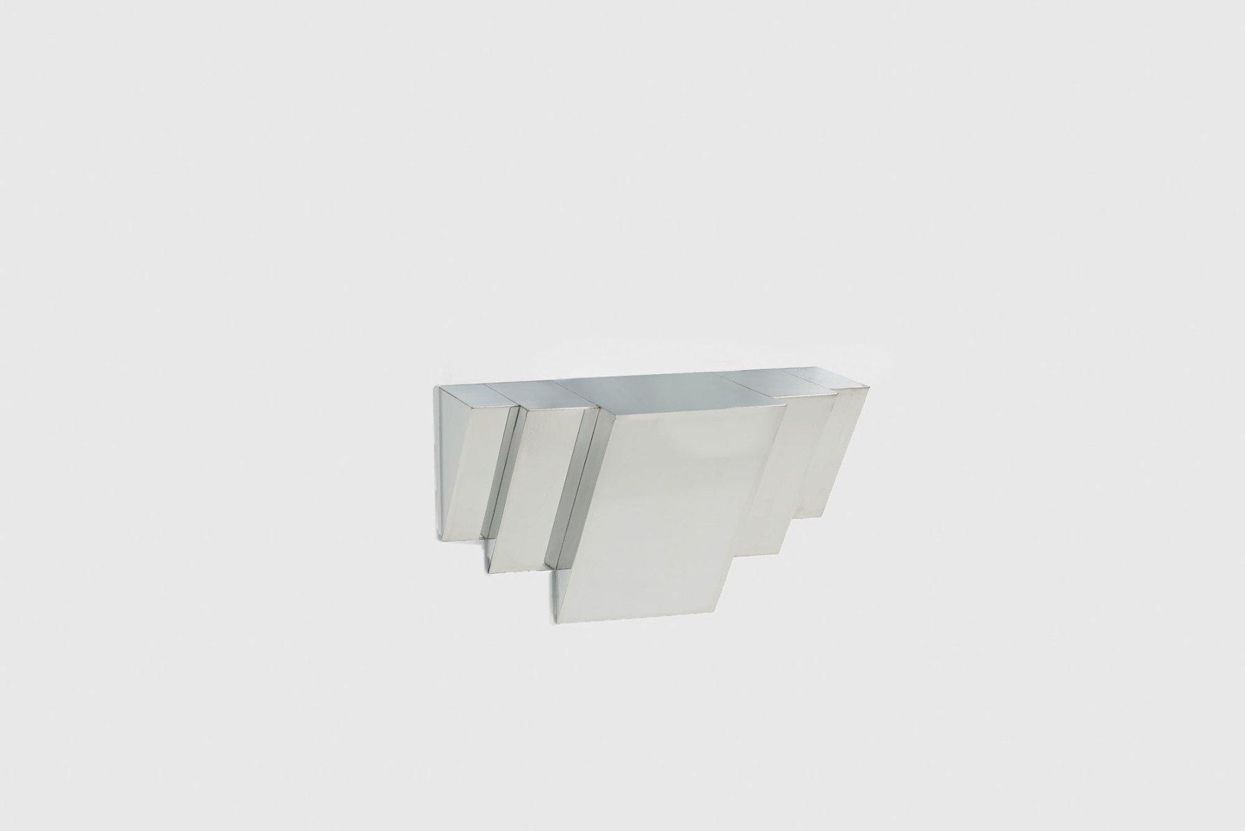 Jonathan Nesci |   Golden variation polished aluminum shelf