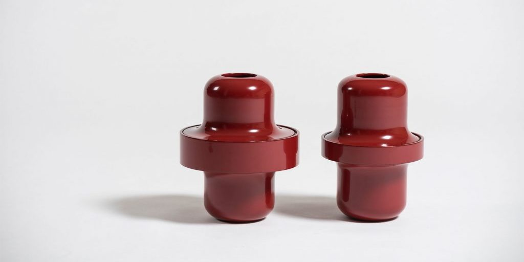 Italian art and design gallery Casati Gallery Urushi vases by Philippe Nigro