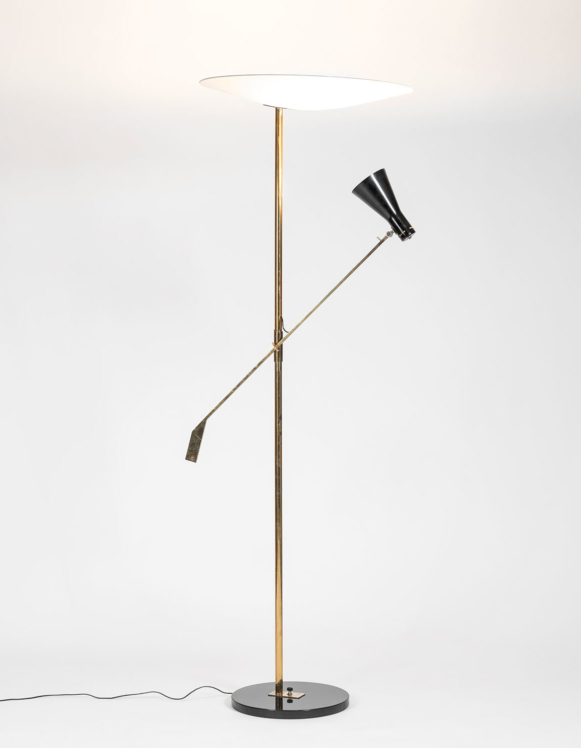 Italian designer Gino Sarfatti floor lamp manufactured by Arteluce at Italian design furniture gallery Casati Gallery