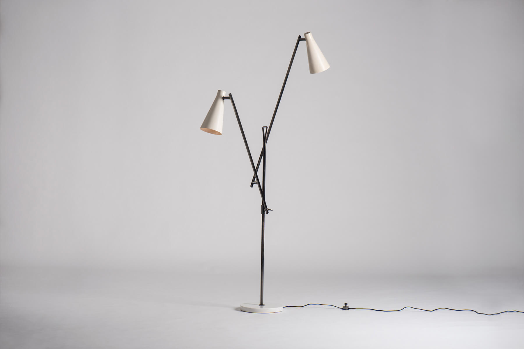 Buzzi & Buzzi Lighting franco buzzi - floor lamp | casati gallery