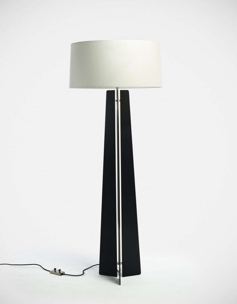 Black steel floor lamp designed by Jonathan Nesci at design and Furniture gallery Casati Gallery