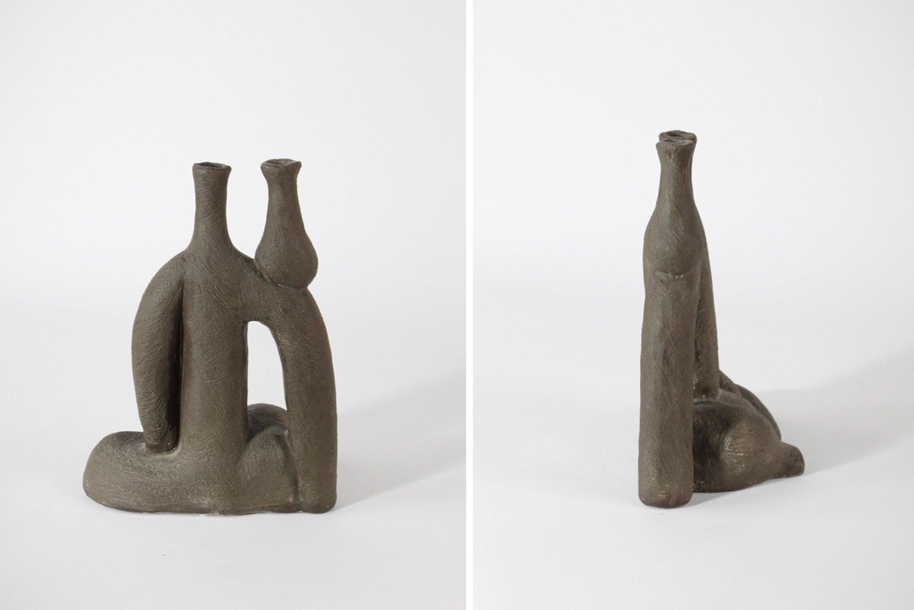 Salvatore Fiume |   Donna con vaso - ceramic sculpture/vessel