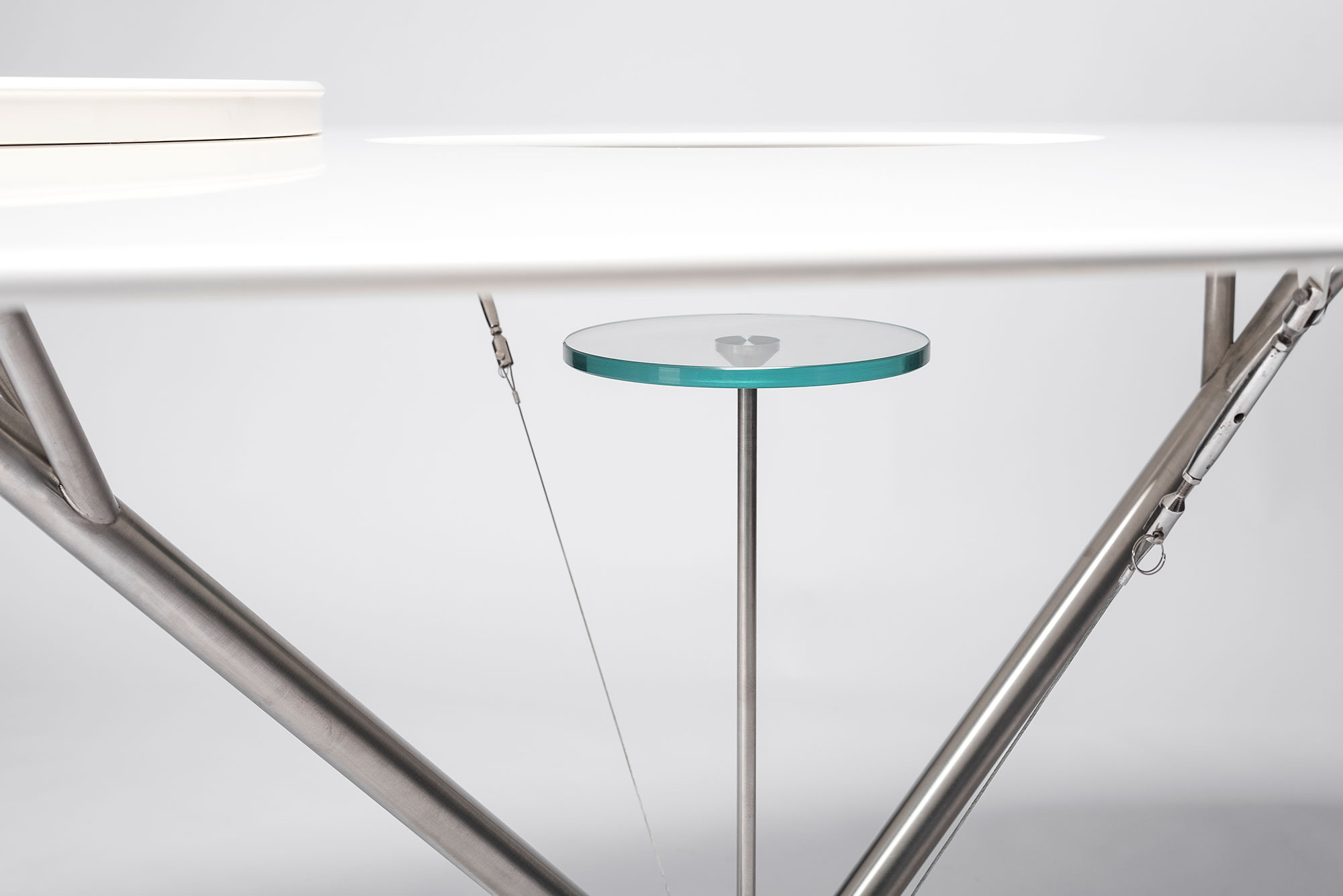 Andrea Branzi |                              Flying table