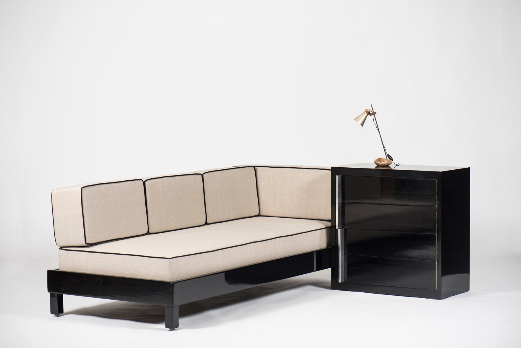 Gino Levi Montalcini |  Daybed and chest of drawers