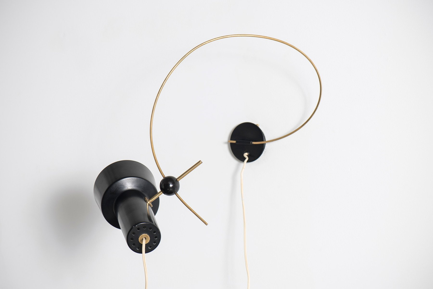 Gino Sarfatti  |   Wall light, model 208