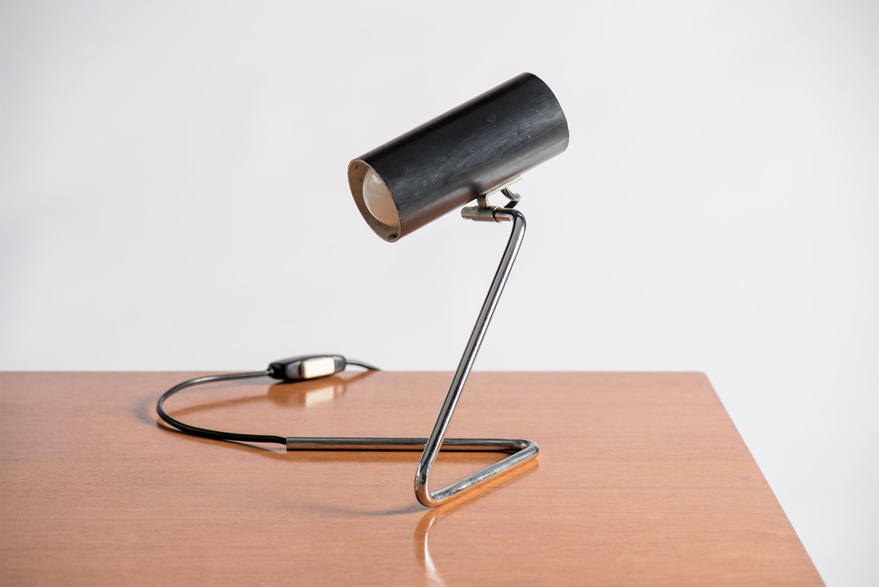 Gino Sarfatti |  Wall or desk light, model 551/31B