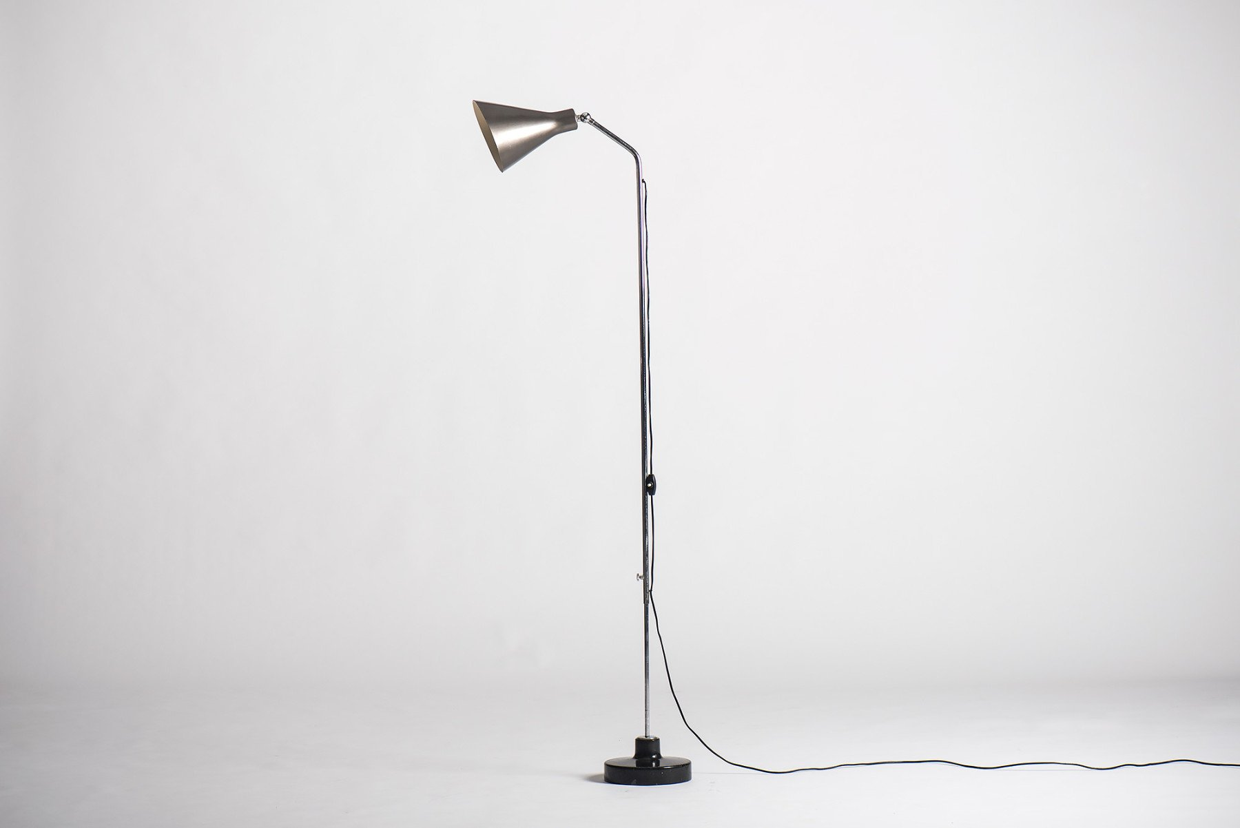 Ignazio Gardella |   Floor lamp, model lte 3