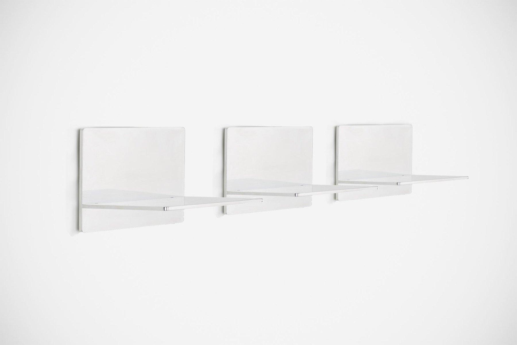 Jonathan Nesci |   GV shelves