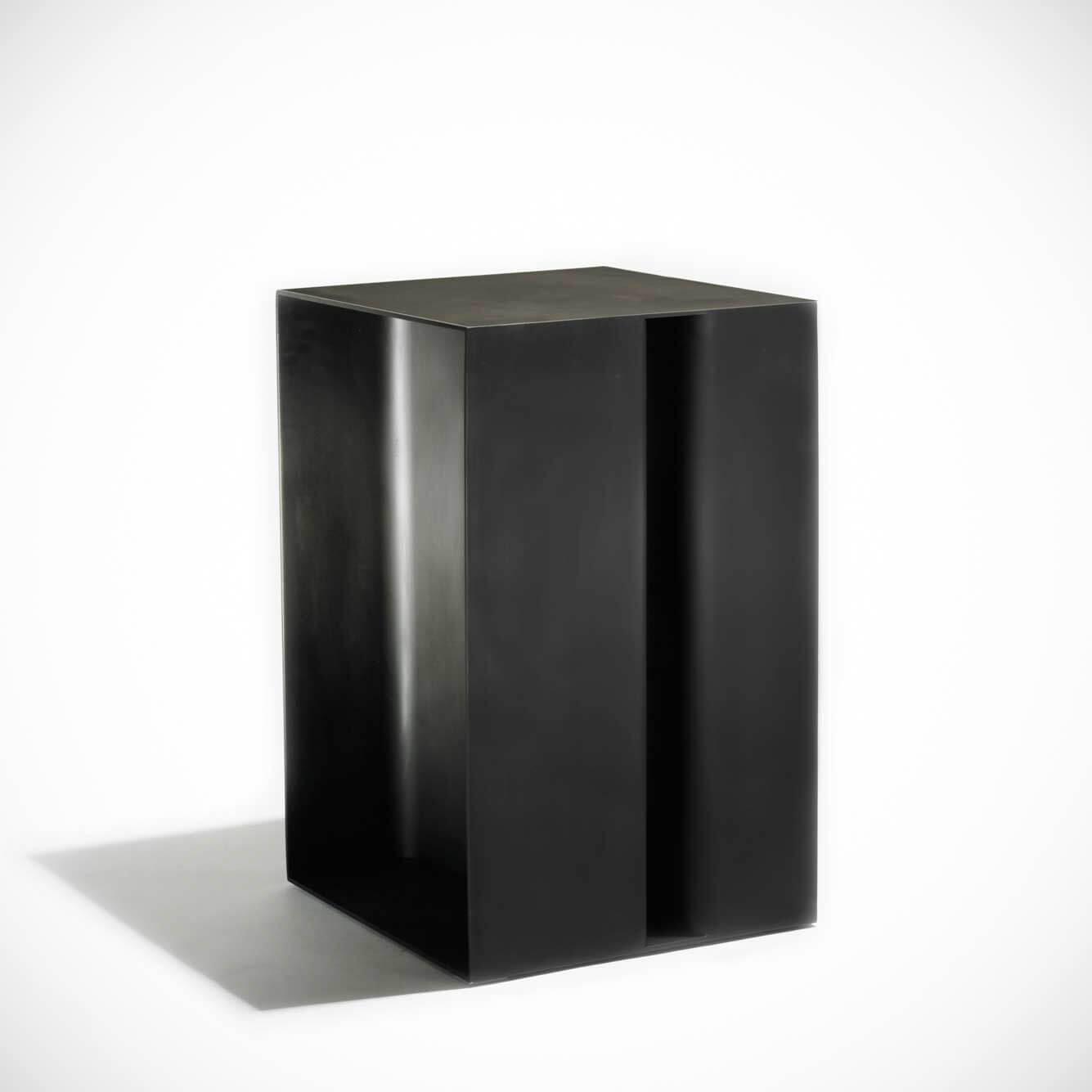 Jonathan Nesci |  Pedestal
