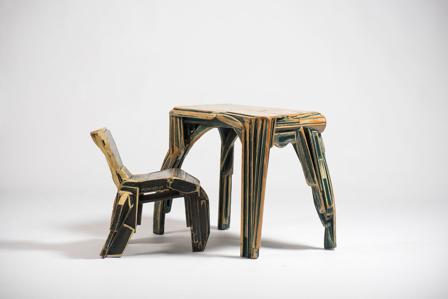 Mariano Cornejo |   Desk and chair