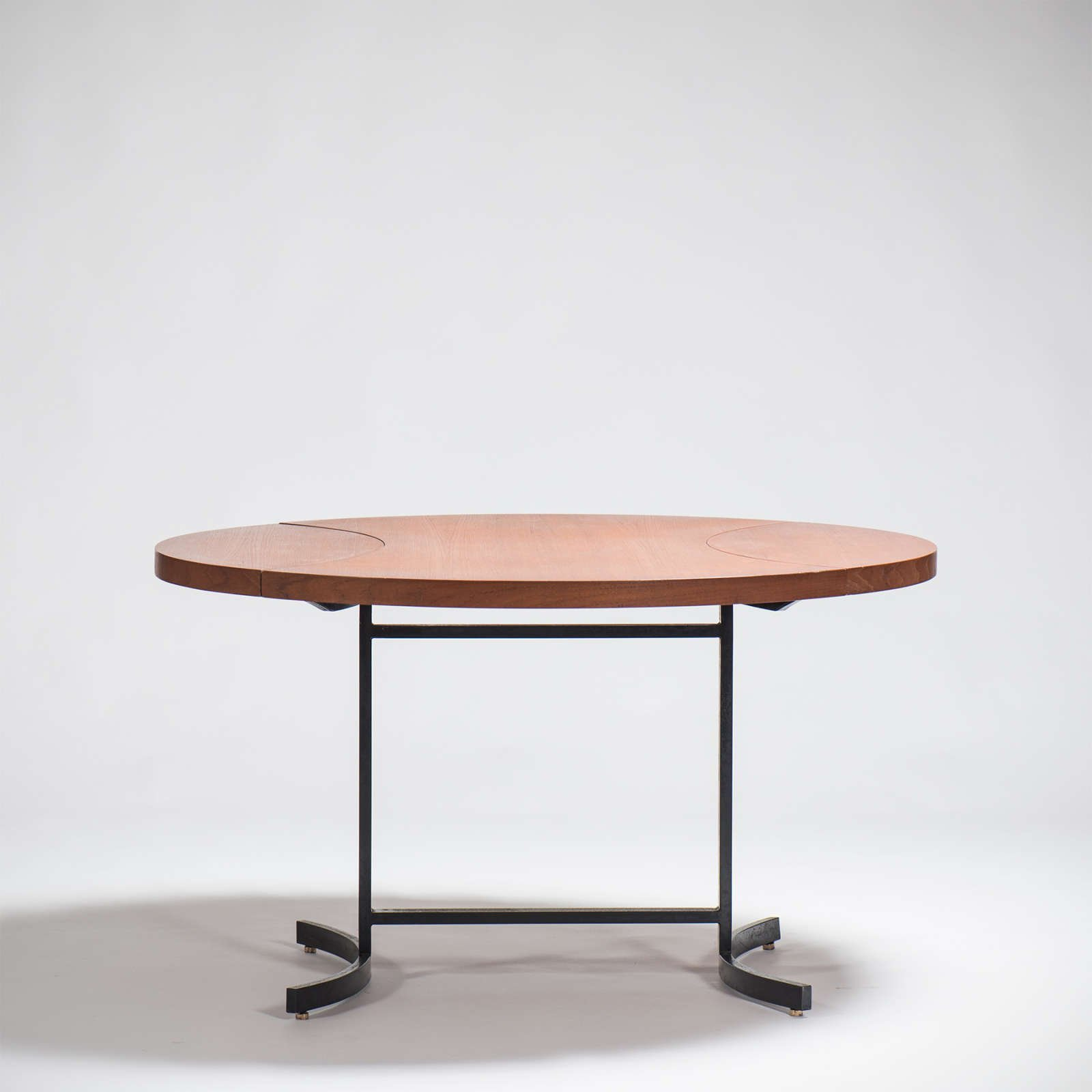 Paolo Tilche |  Round folding table