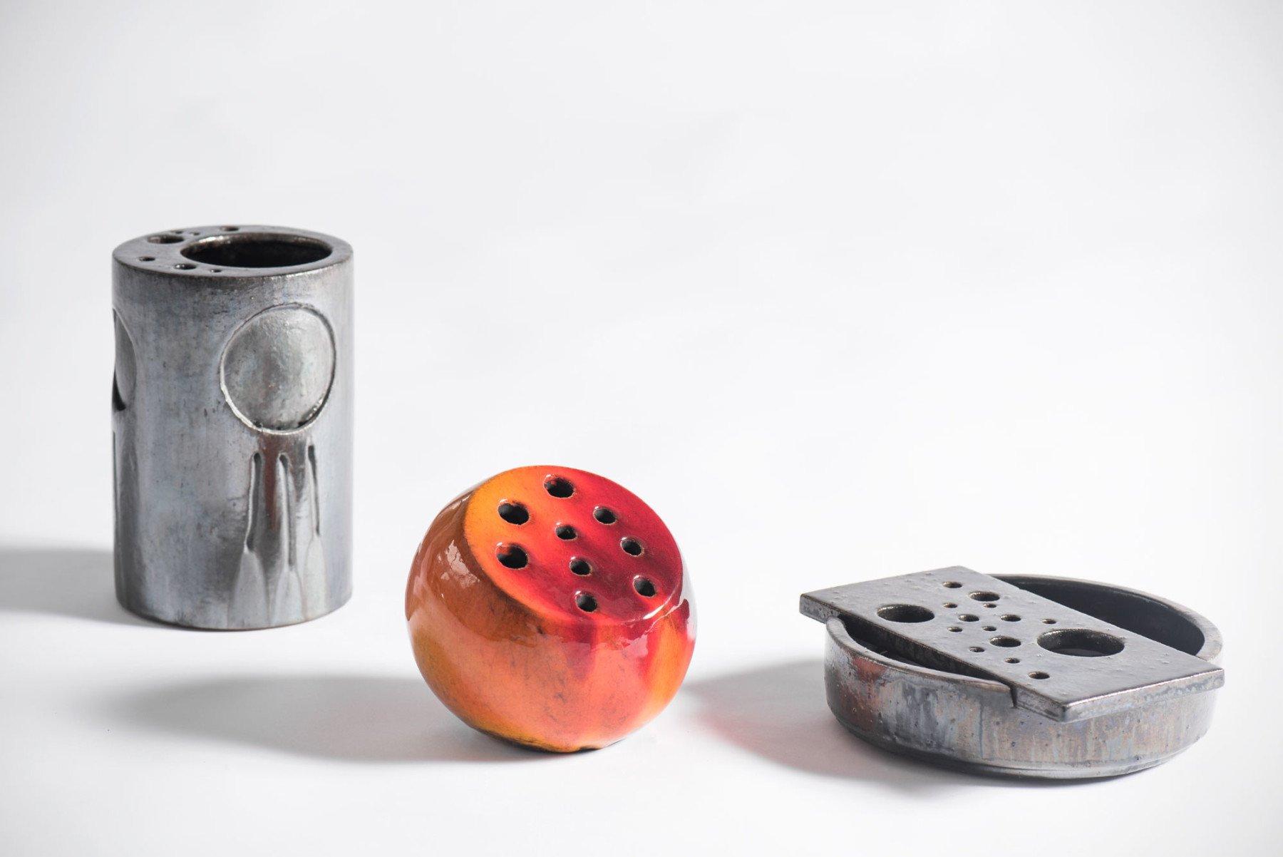 Renato Bassoli |   Round ceramic vase