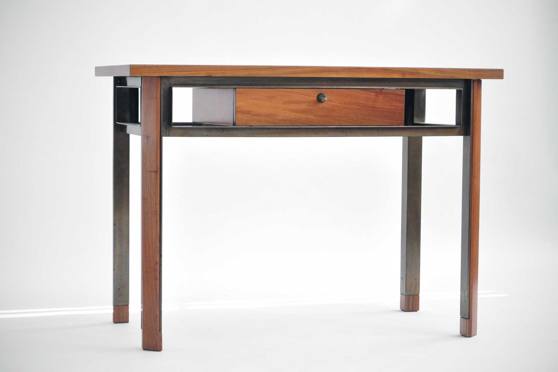 Studio BBPR |  Desk