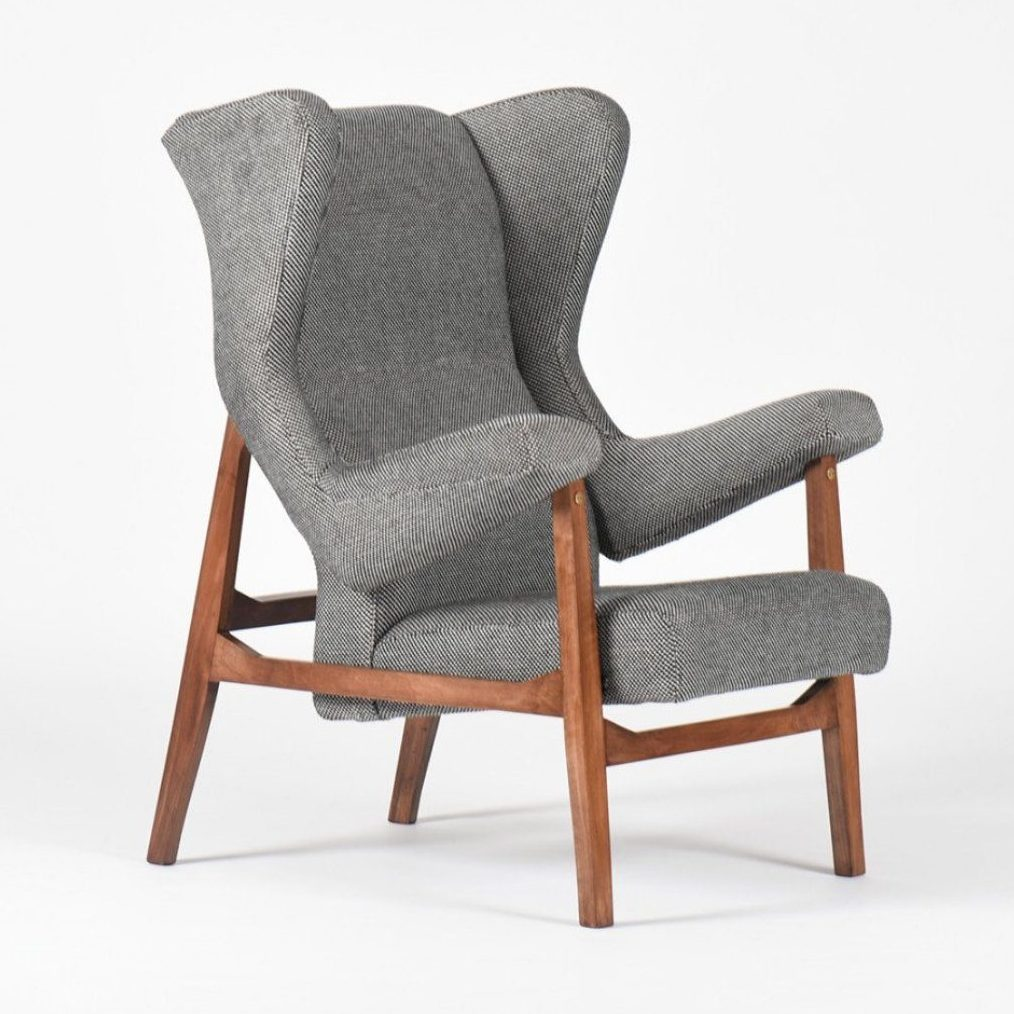 Arflex Fiorenza armchair designed by Italian architect Franco Albini