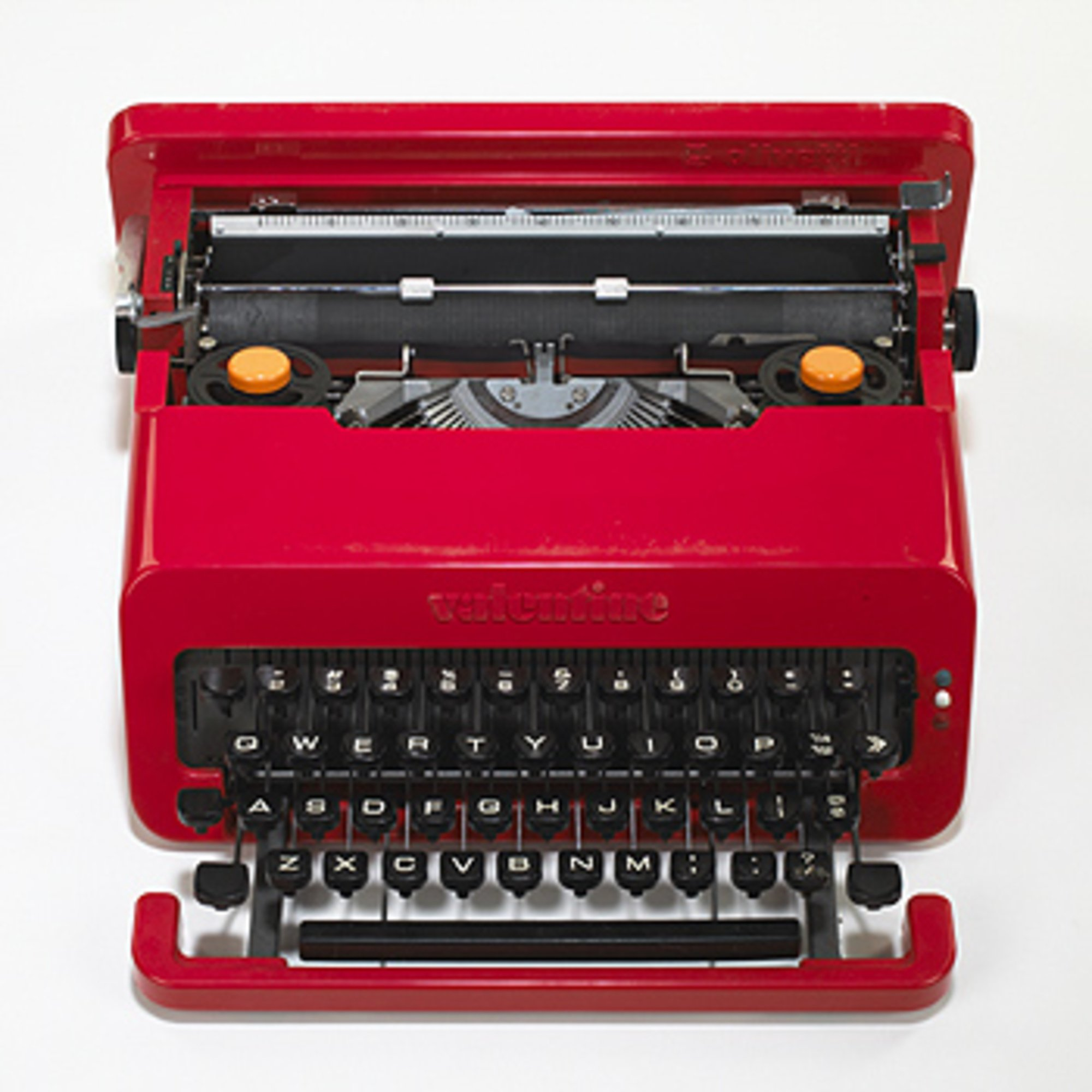 Olivetti Valentine Typewriter by Ettore Sottsass at design and art gallery Casati Gallery