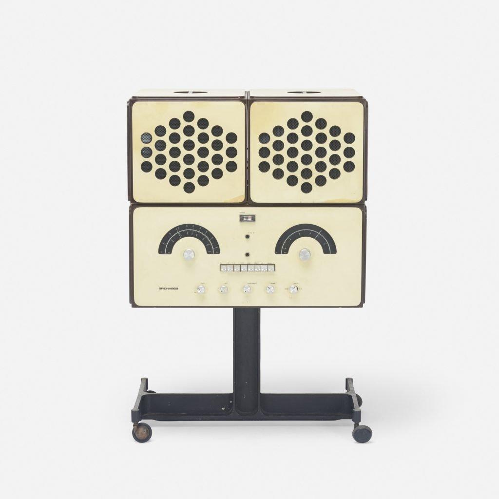 Brionvega radio RR126 by Achille and Pier Giacomo Castiglioni