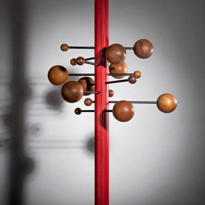Osvaldo Borsani coat rack by Tecno at Italian furniture and design gallery Casati Gallery