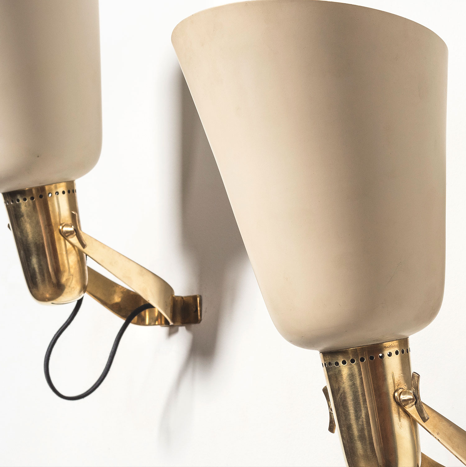 Gino Sarfatti |                                  Pair of wall lights