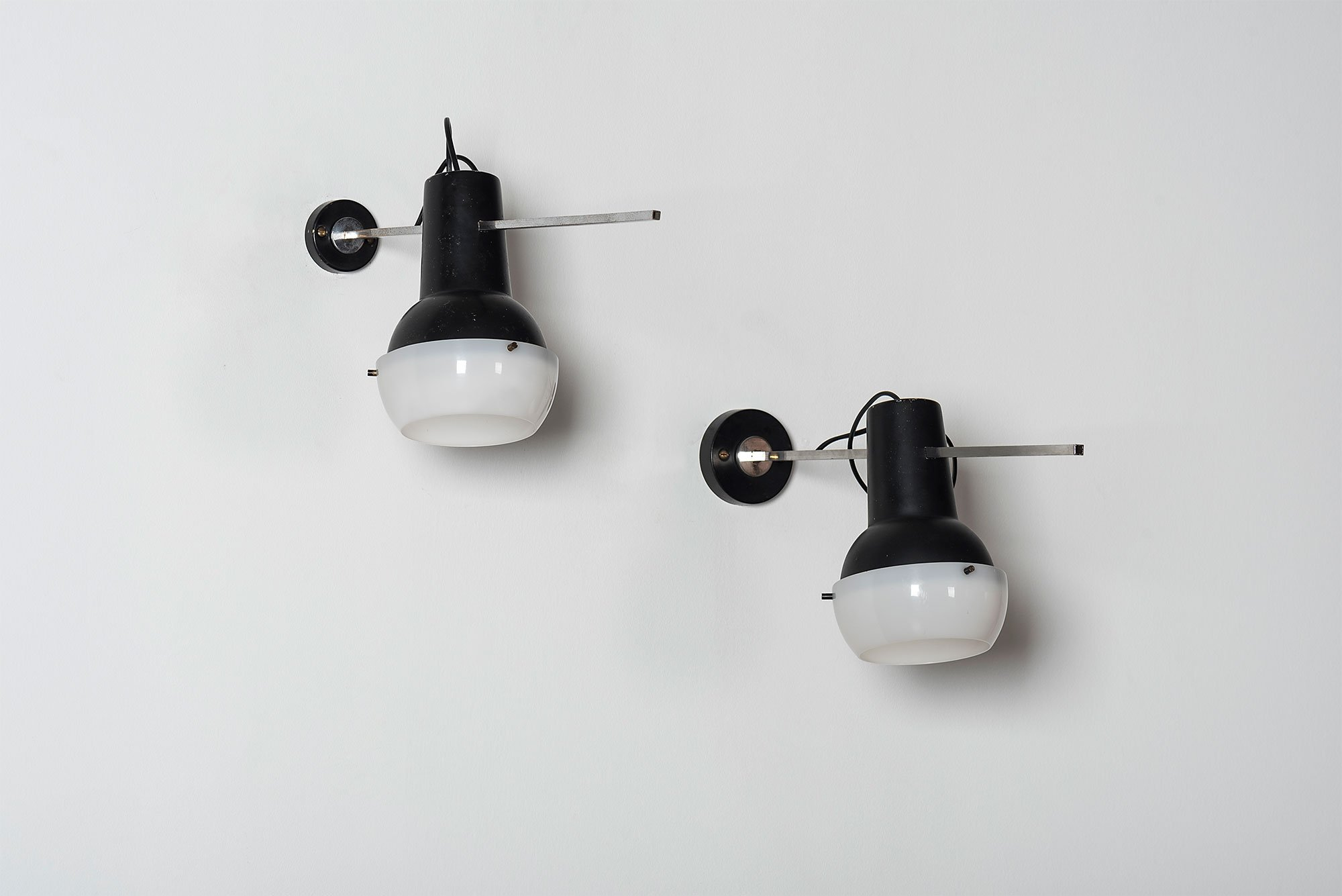 Gino Sarfatti |  Wall lamp, model 218