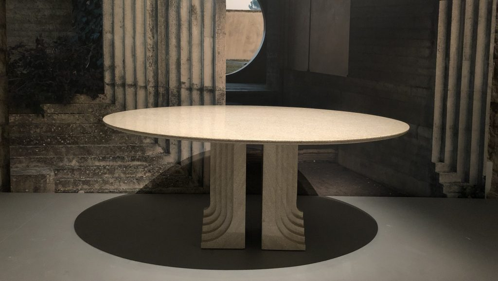 Samo table made out of Carrara marble and designed by Italian designer Carlo Scarpa