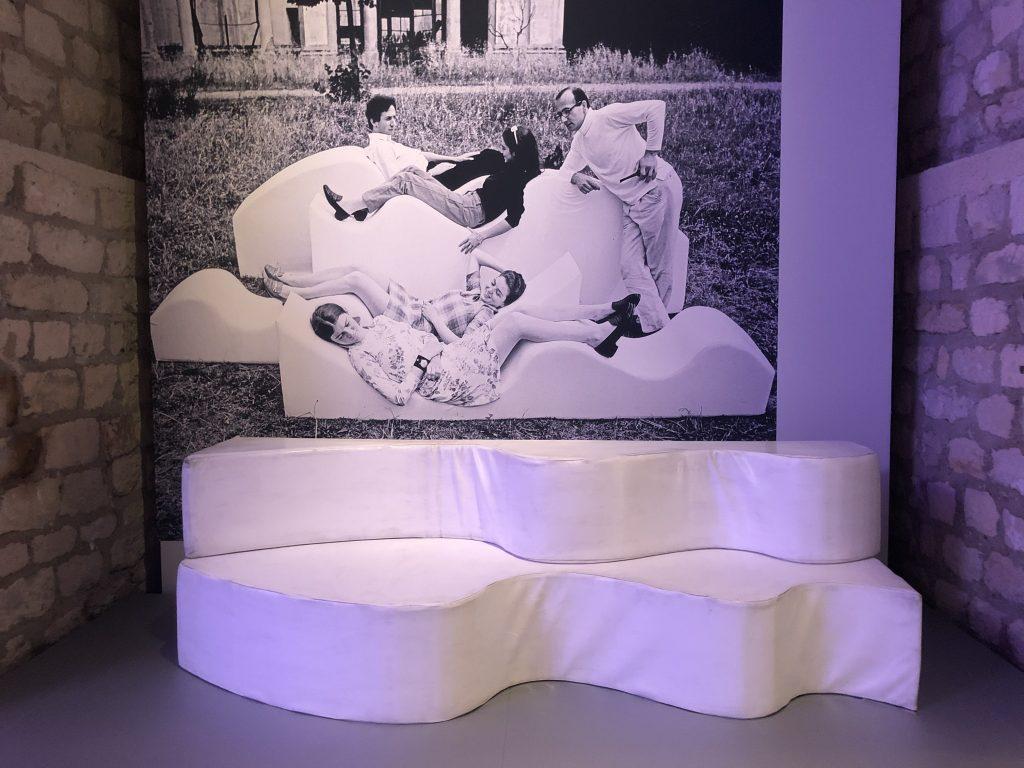 White Superonda sofa designed by Andrea Branzi-Archizoom for Poltronova in 1966