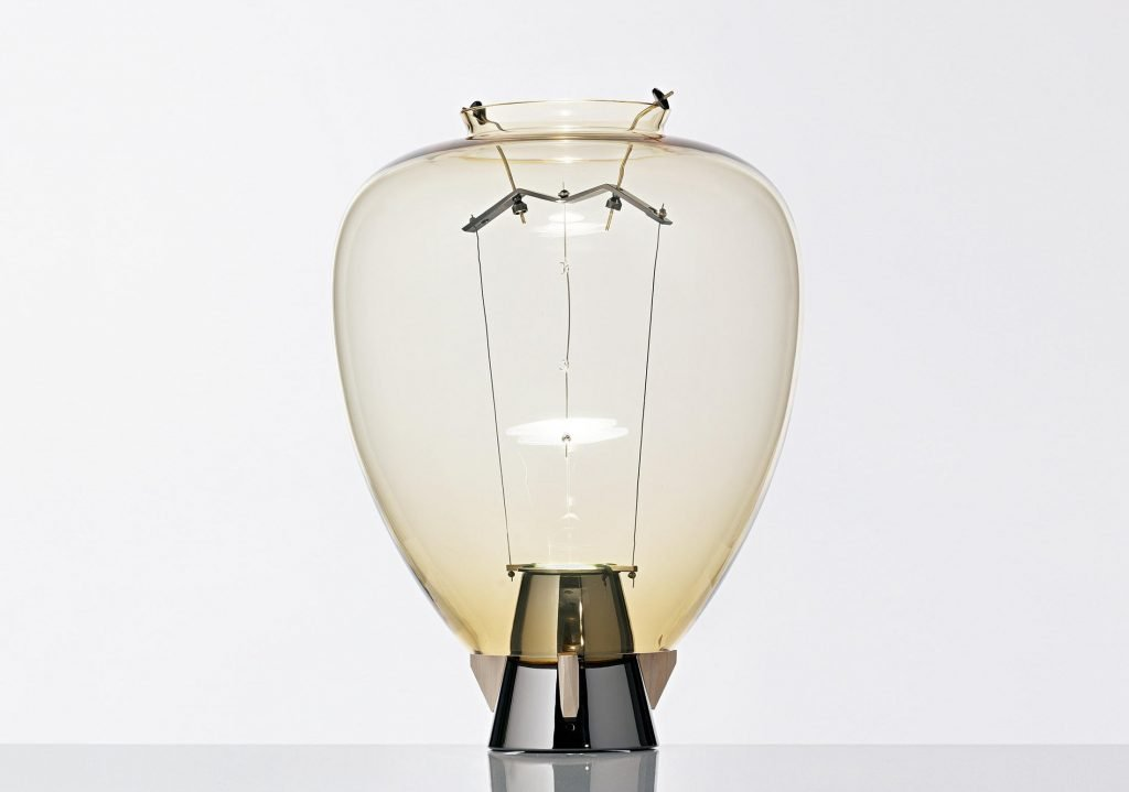 Veronese table lamp designed by Umberto Riva for Barovier & Toso