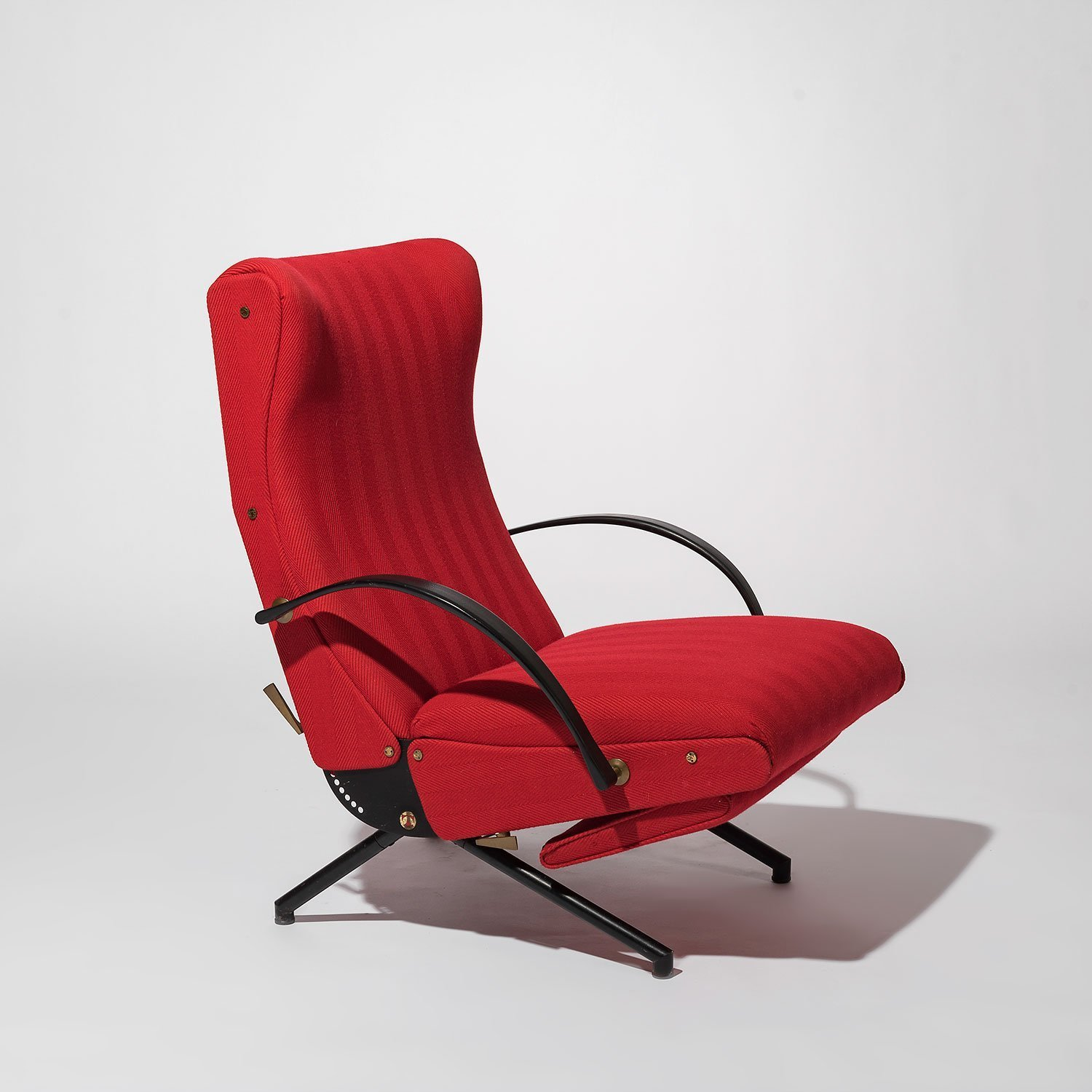 Osvaldo Borsani |                                  P40 lounge chair