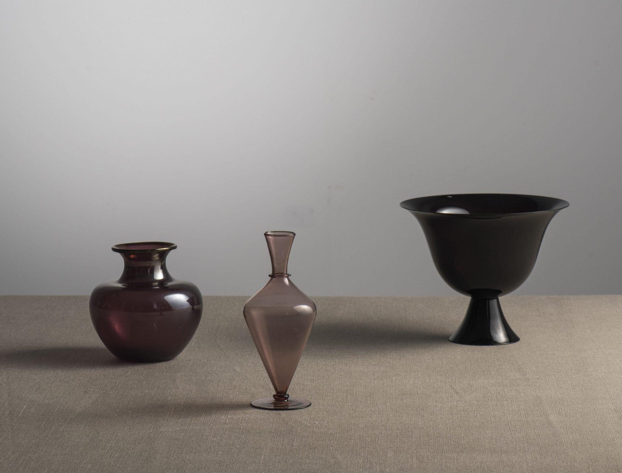 Vittorio Zecchin |   Amethyst transparent vase with slightly iridised surface