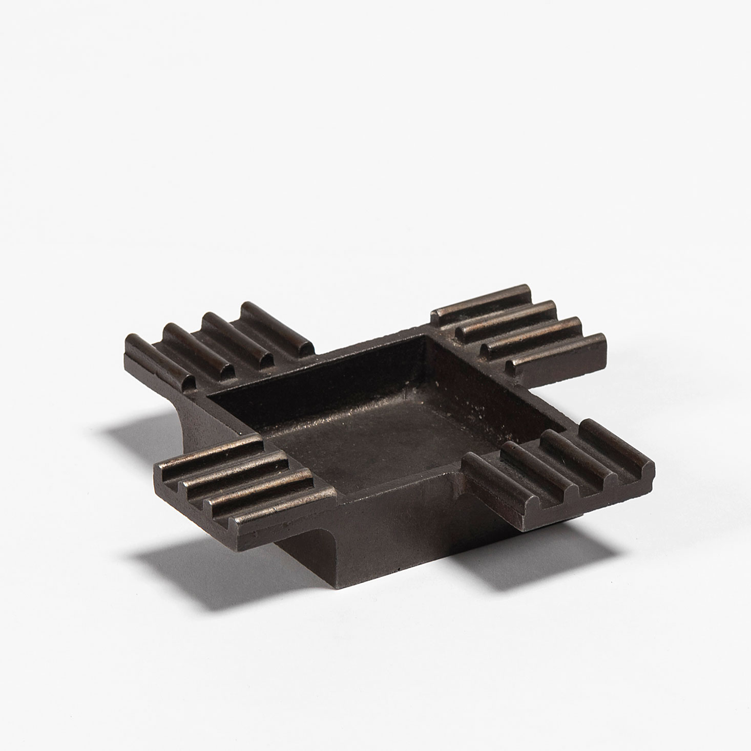 Franco Albini |                                  Small cast iron object