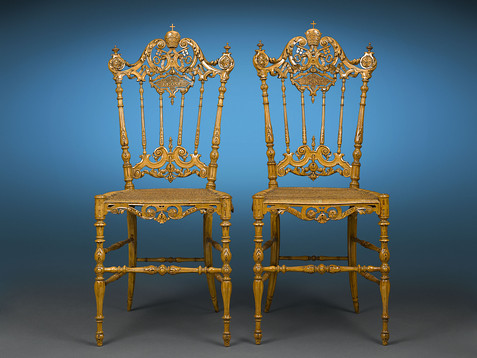 Chiavari Chairs of Pope Leo XII. Photo Creative Commons by Rauantiques