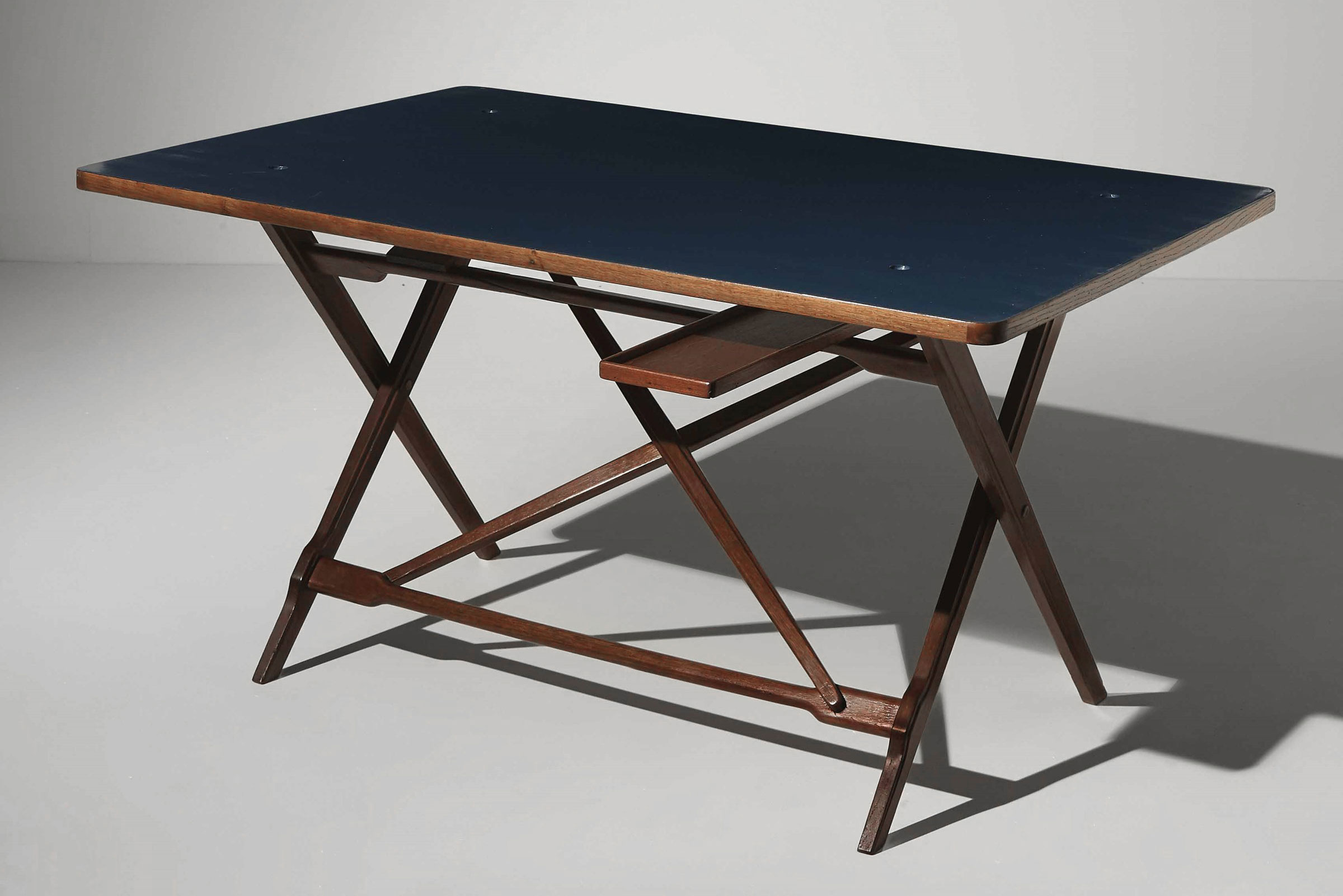 Desk with reversible blue top