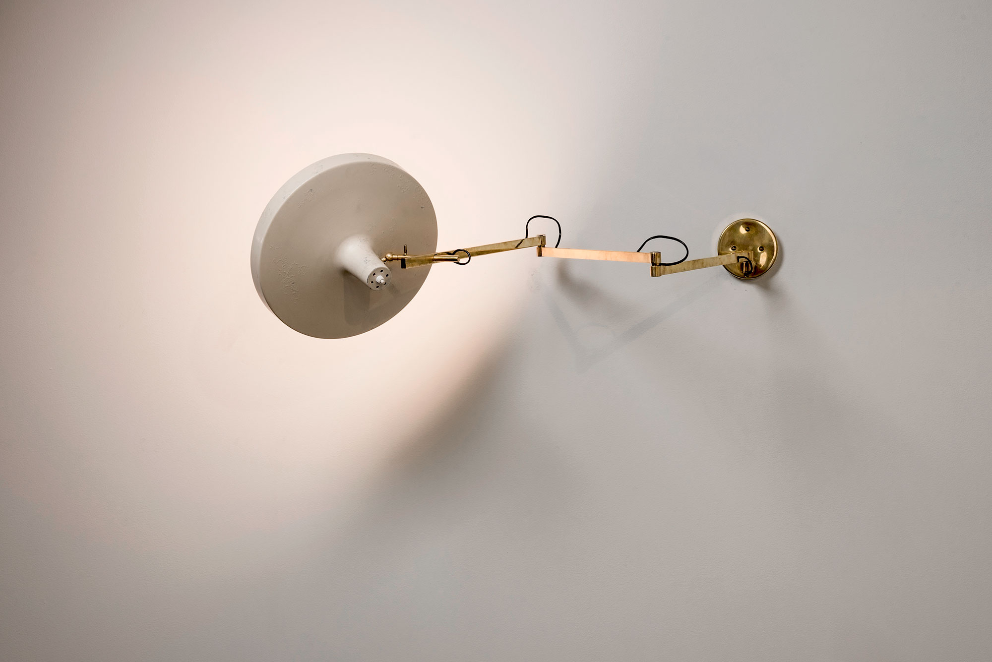 Gino Sarfatti  |                              Wall lamp model 197