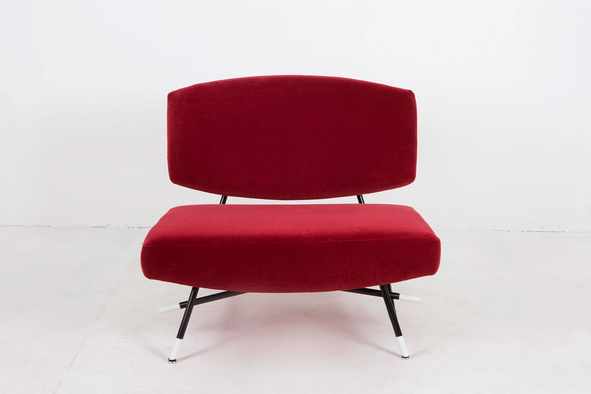 Ico Parisi  |                              Sofa and lounge chairs, model 865