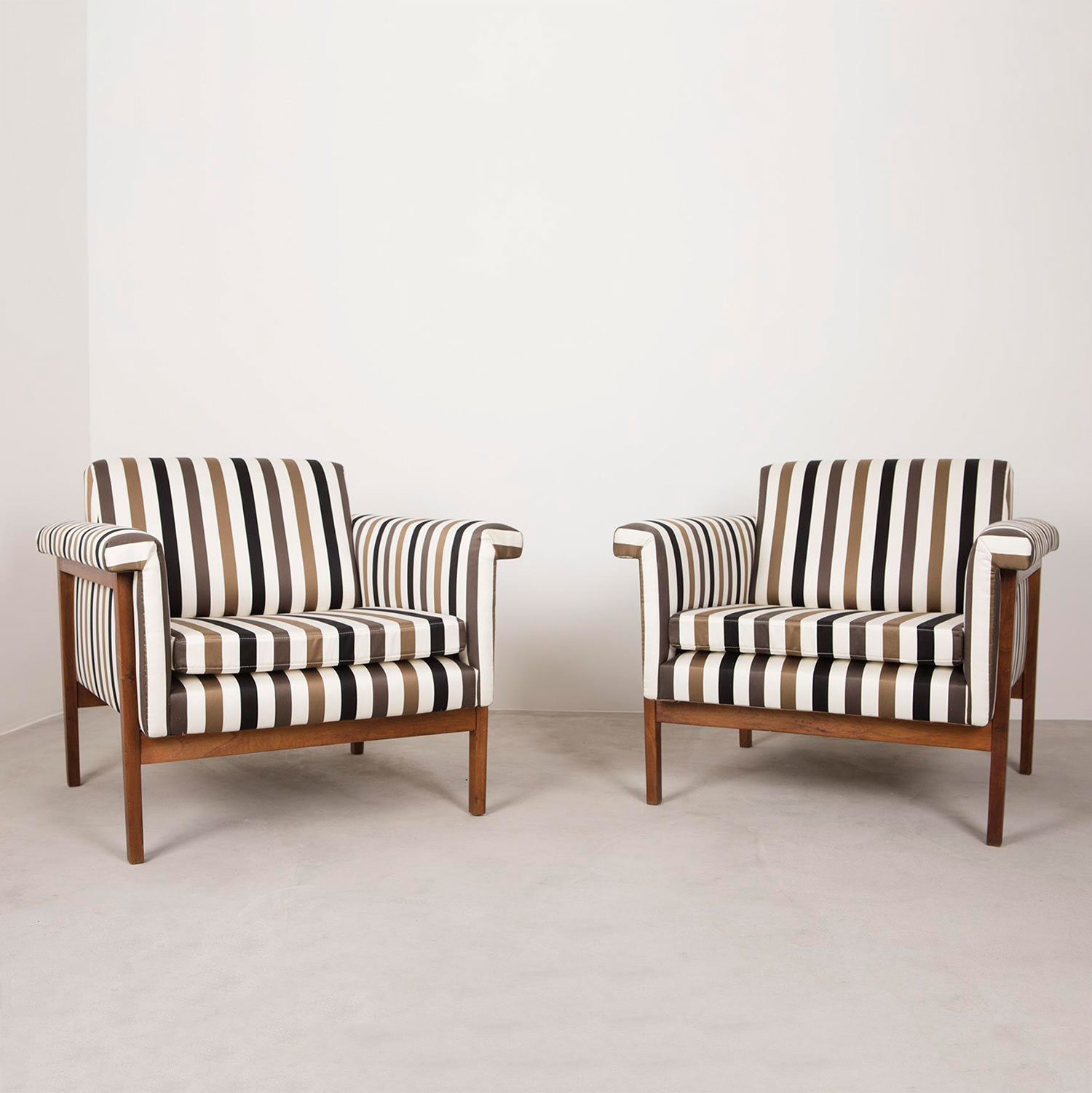 Ettore Sottsass  |                                  Pair of armchairs, model Canada