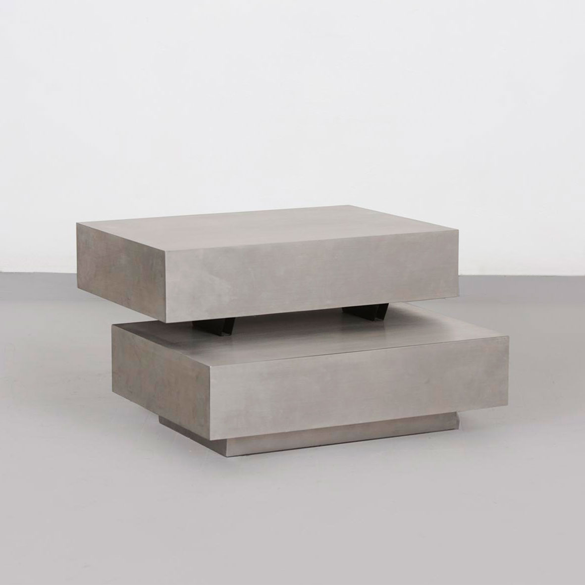 Gabriella Crespi  |                                  Scultura low table